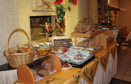 Breakfast buffet Avantgarde