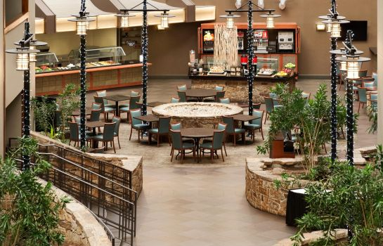 Restaurant Embassy Suites by Hilton Oklahoma City Will Rogers Airport