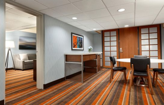 Suite Embassy Suites by Hilton Oklahoma City Will Rogers Airport