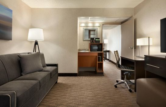 Zimmer Embassy Suites by Hilton Oklahoma City Will Rogers Airport