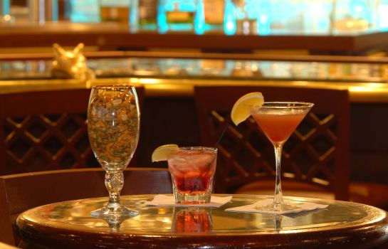 Hotel bar Embassy Suites by Hilton Dallas Love Field