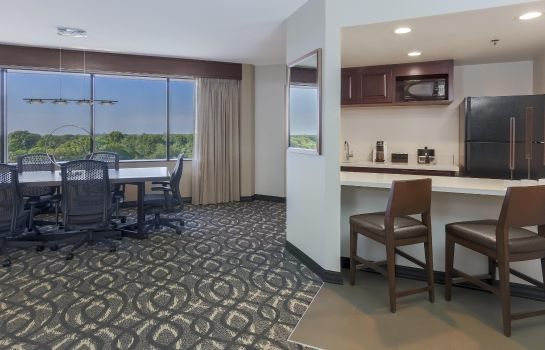 Hotel-Bar Embassy Suites by Hilton Dallas Love Field