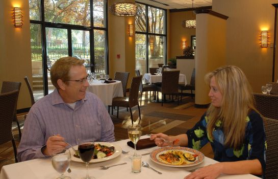Restaurant Embassy Suites by Hilton Dallas-Love Field