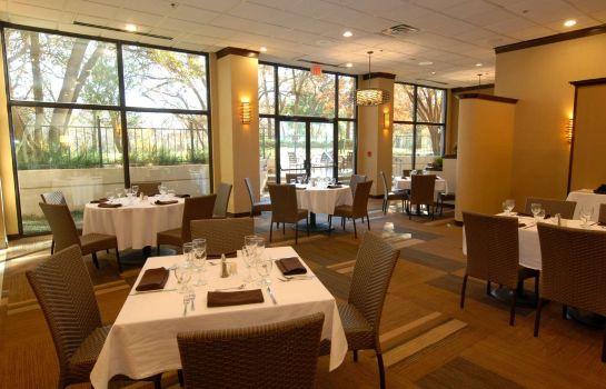 Restaurant Embassy Suites by Hilton Dallas Love Field