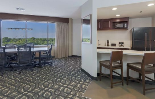 Zimmer Embassy Suites by Hilton Dallas Love Field