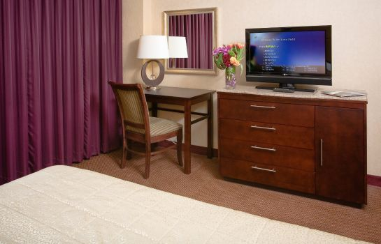 Zimmer Embassy Suites by Hilton Dallas-Love Field