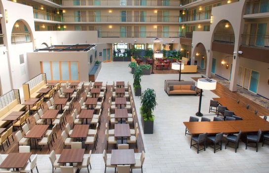 Lobby Embassy Suites by Hilton Seattle North Lynnwood