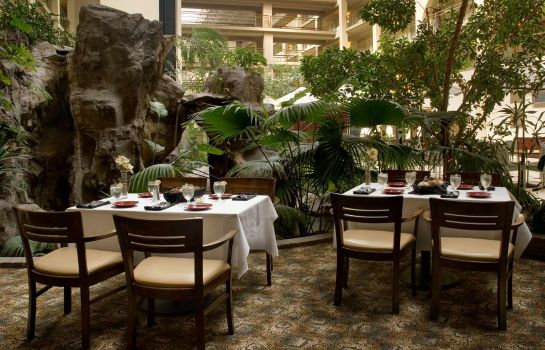 Restaurant Embassy Suites by Hilton Seattle North Lynnwood