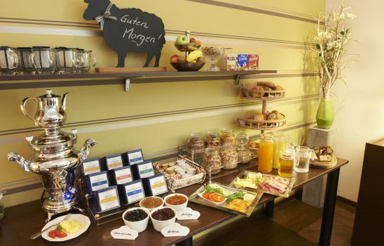 Breakfast buffet Sollner Hof