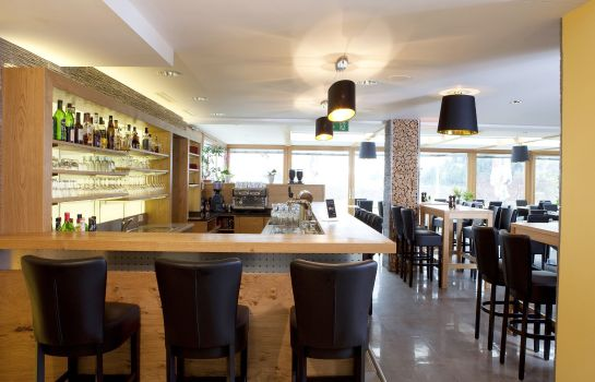 Hotel-Bar Quality Hotel & Suites Muenchen Messe