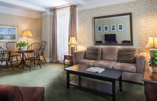 Suite The Roger Smith Hotel