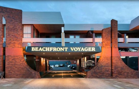 Surroundings Beachfront Voyager Motor Inn