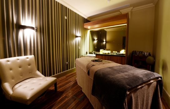 salle de massage Ramside Hall Hotel Golf & Spa