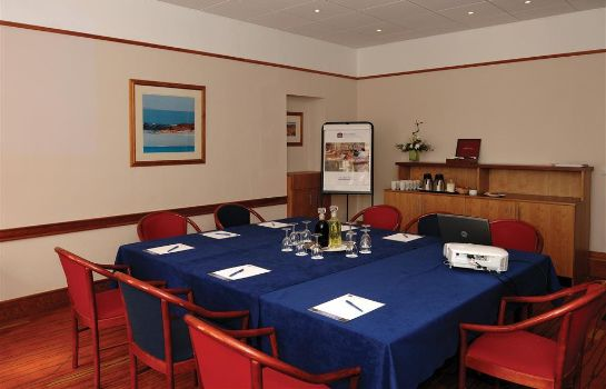 Information BEST WESTERN KINGS MANOR HOTEL