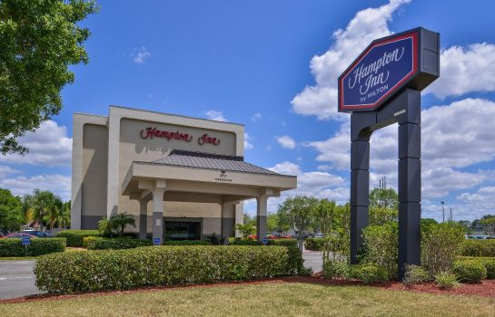 Exterior view Hampton Inn closest to Universal Orlando