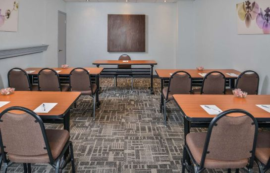 Conference room Hampton Inn closest to Universal Orlando