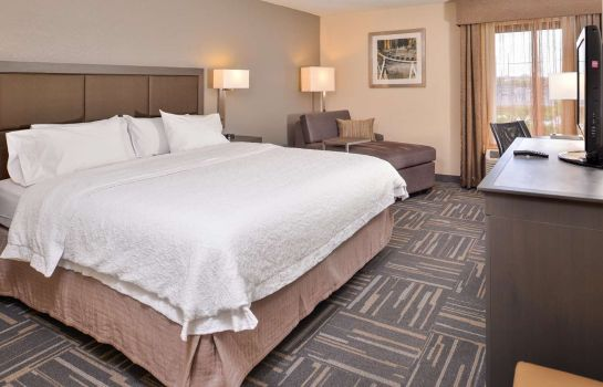 Zimmer Hampton Inn closest to Universal Orlando