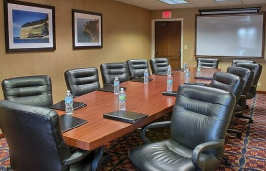 Conference room Quality Inn Auburn Hills