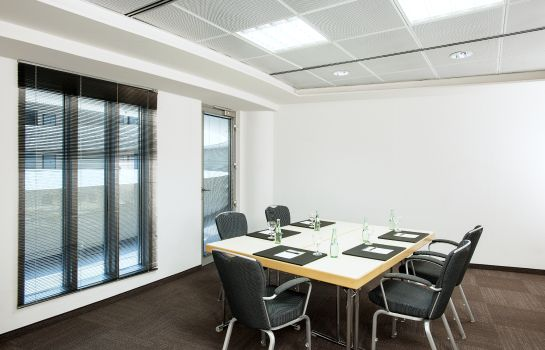 Conference room NH Düsseldorf City
