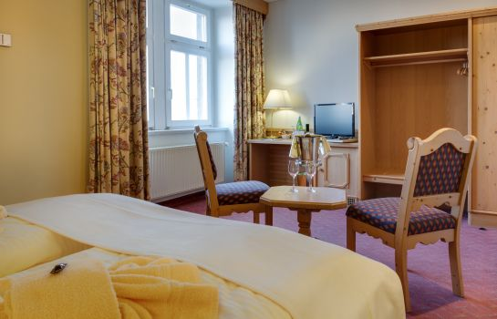 Double room (superior) Hotel Schloss Nebra