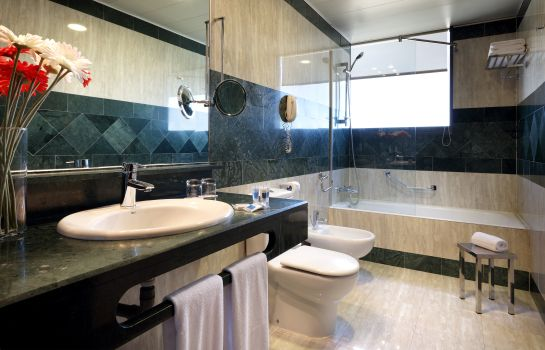 Bathroom Via Castellana Hotel