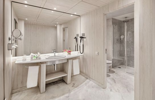 Bathroom NH Collection Barcelona Podium