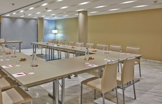 Conference room NH Collection Barcelona Podium