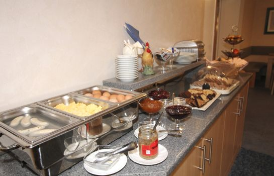 Breakfast buffet Alt Graz