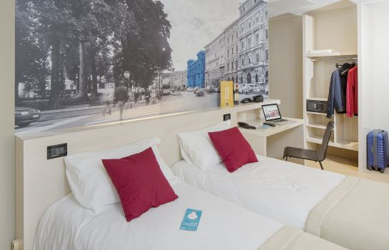 Double room (standard) B&B Hotel Trieste