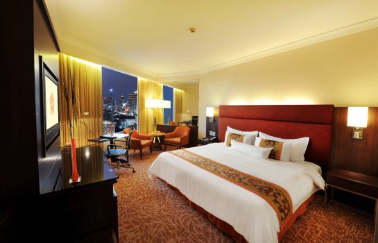 Suite Rembrandt Hotel Suites and Towers