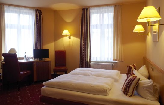 Double room (standard) Merseburger Hof