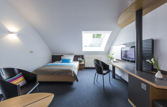 Single room (superior) SEEhotel aZIS Hotel Betriebs GmbH