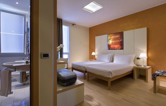 Double room (standard) Best Western Bologna