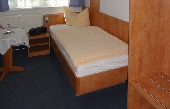 Single room (standard) Melchendorf Gasthof