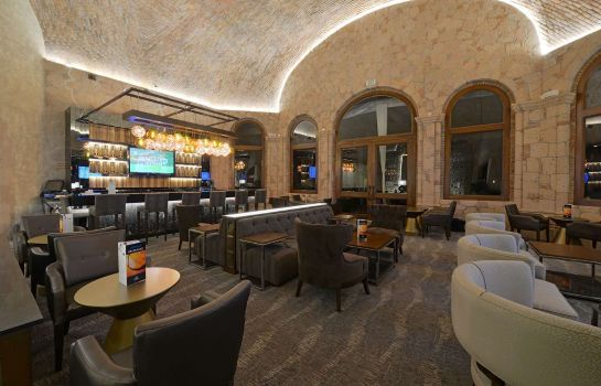 Hotel bar Inn at the Colonnade Baltimore - a DoubleTree by Hilton