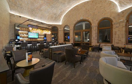 Bar del hotel Inn at the Colonnade Baltimore - a DoubleTree by Hilton