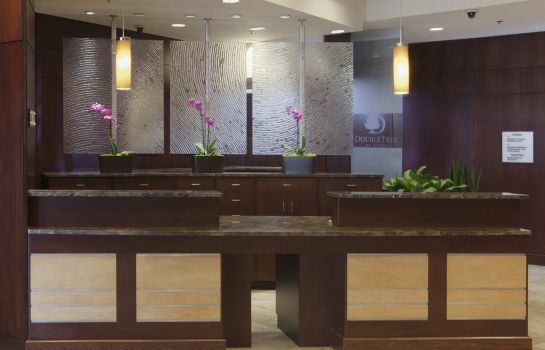 Hotelhalle DoubleTree by Hilton Charlotte - Gateway Village
