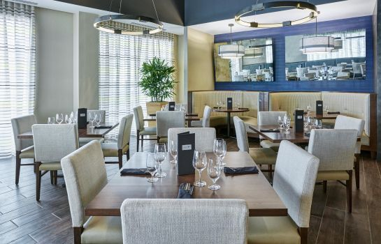 Restaurant DoubleTree by Hilton Charlotte - Gateway Village