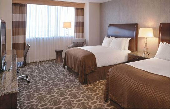Zimmer DoubleTree by Hilton Tulsa Downtown