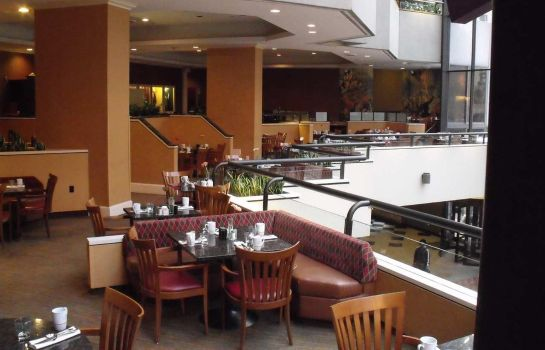 Restaurant DoubleTree by Hilton Philadelphia Center City