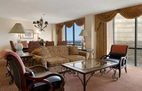 Suite DoubleTree by Hilton Dallas - Campbell Centre