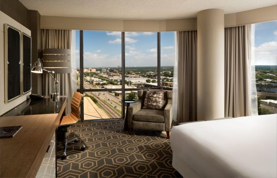 Zimmer DoubleTree by Hilton Dallas - Campbell Centre