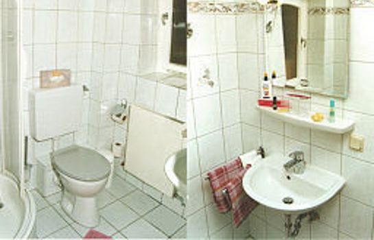 Bathroom Haus Iris Garni