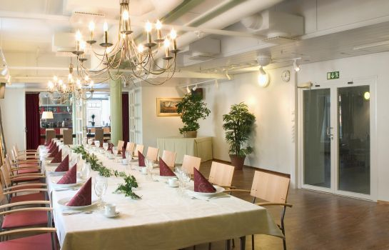 Restaurant Holiday Club Tampereen Kylpyla