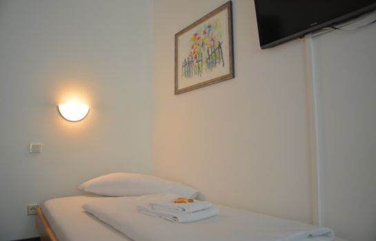 Single room (standard) Garden Hotel Bilk/Hafen