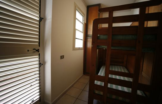 Four-bed room Leucosya