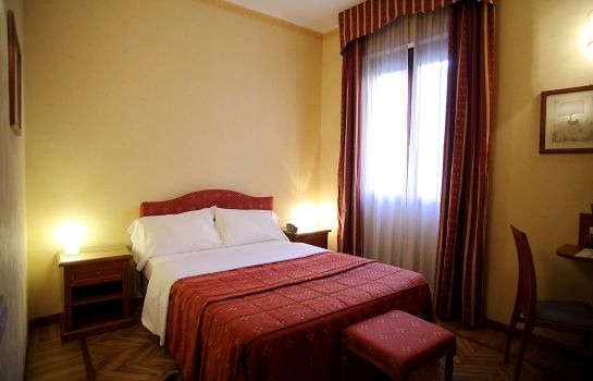 Double room (standard) Cavour