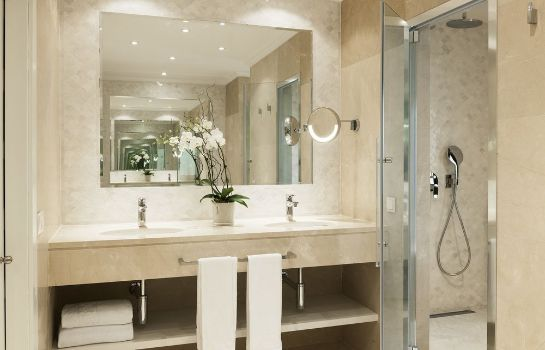 Bathroom Marbella Club Hotel Golf Resort & Spa