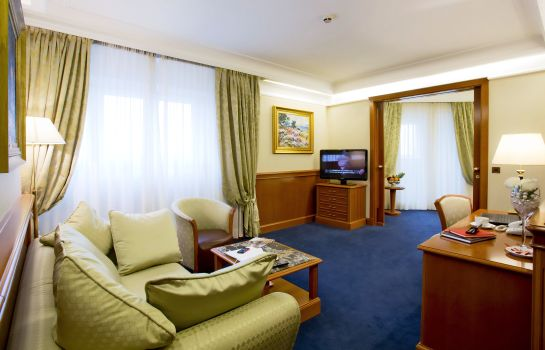 Suite junior Palace Hotel