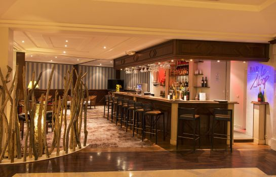 Hotel-Bar Holiday Inn NICE - SAINT LAURENT DU VAR